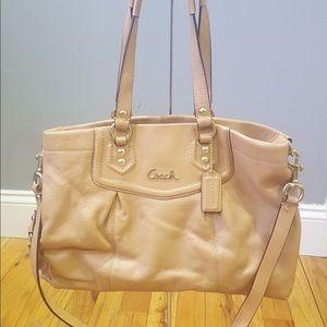 NWOT Coach Ashley leather Carryall beige